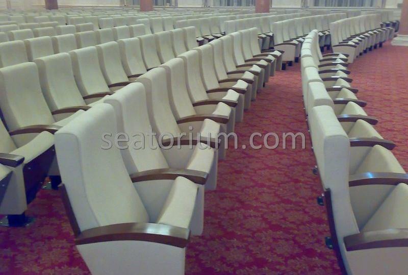 Gazi University Auditorium Chairs Installation - Seatorium™'s Auditorium