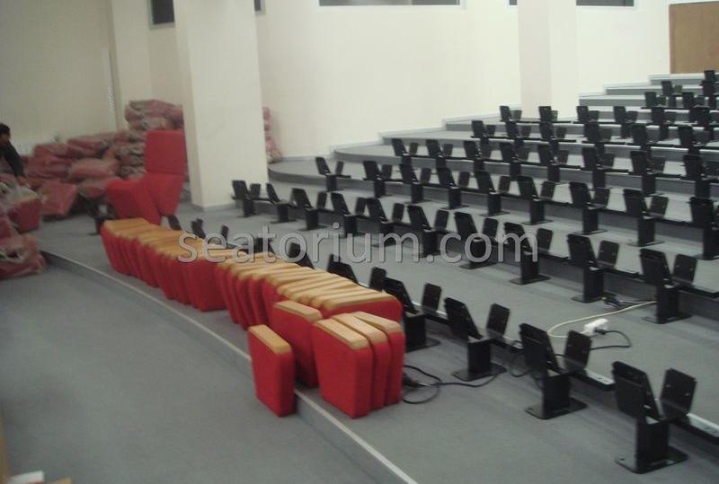 İlmi Research Center Auditorium Chairs Installation - Seatorium™'s Auditorium